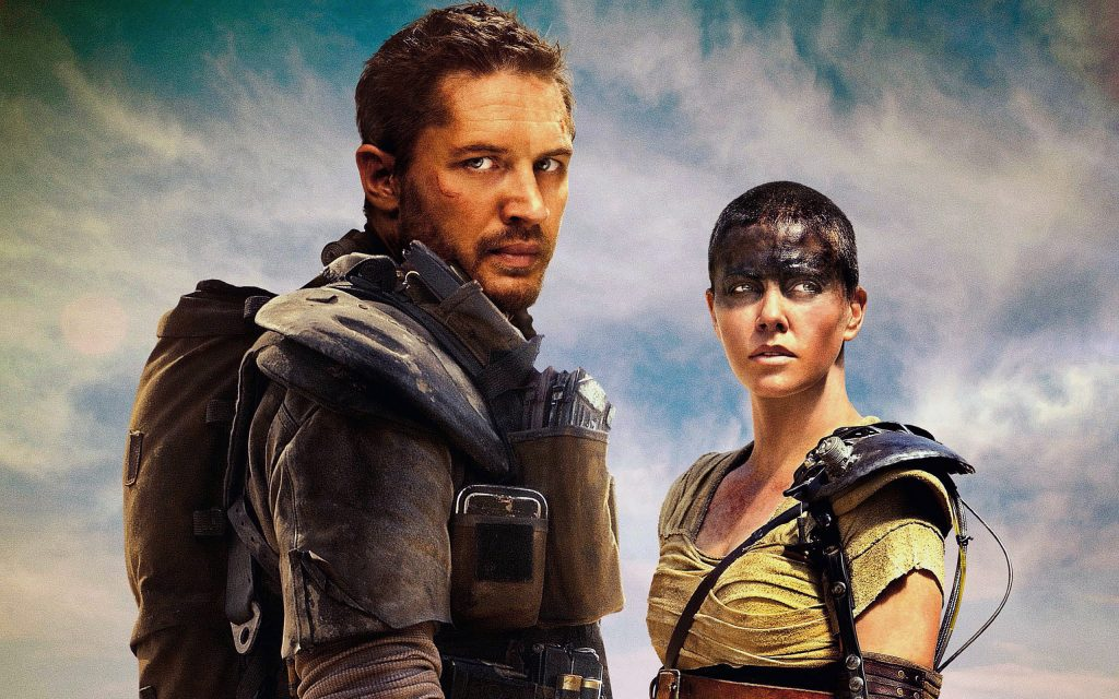 Tom Hardy et Charlize Theron dans Mad max