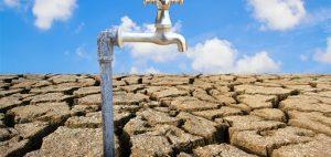 Dry, l'effondrement par la sècheresse