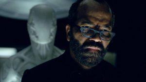 Bernard dans West World, le spirituel chez les robots