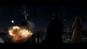 Explosion du Palais de justice dans V pour Vendetta