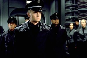 Carl dans Starship Troopers